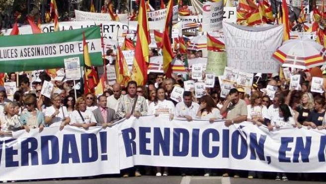 Imagen de archivo de una manifestación contra el terrorismo convocada por la AVT.