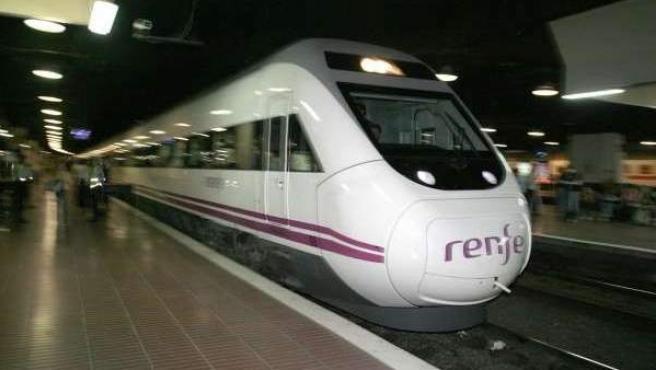 Una imagen del AVE entre Madrid y Barcelona.