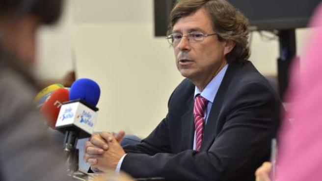 El Concejal De Familia Y Servicios Sociales, Antonio Gómez