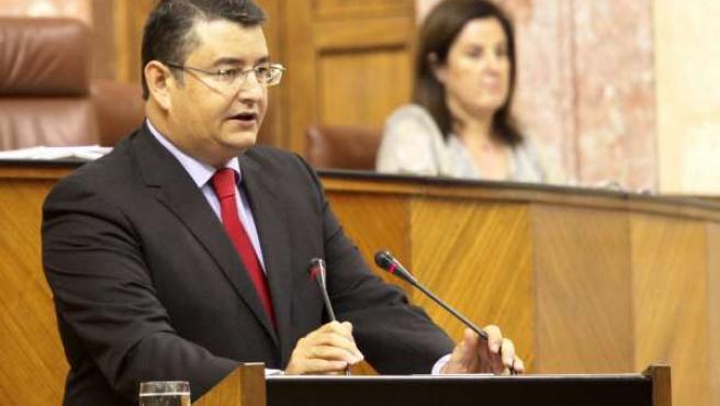 Antonio Sanz, En La Tribuna Del Parlamento Andaluz