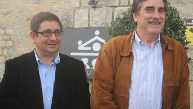 Francisco Reyes Y Valeriano Gómez Antes De Atender A Los Medios.