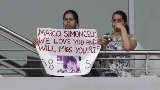Homenaje a Simoncelli en la India.