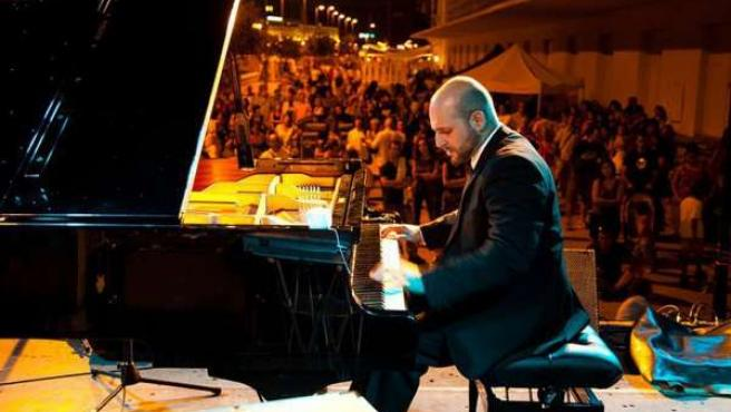 El Clavecinista Y Pianista De Concerto Málaga, Juan Pablo Gamarro