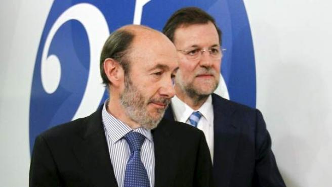 Alfredo Pérez Rubalcaba y Mariano Rajoy en una imagen de archivo.