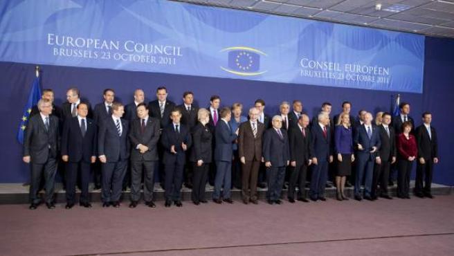 Foto de familia de los jefes de Estado y de Gobierno de la UE durante la última cumbre europea.