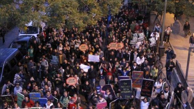 La cabecera de la manifestación de estudiantes universitarios en el Paseo de la Castellana