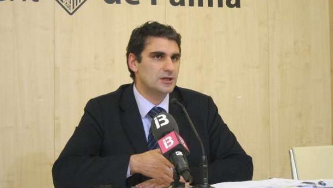 El Portavoz Del Ayuntamiento De Palma, Julio Martínez.