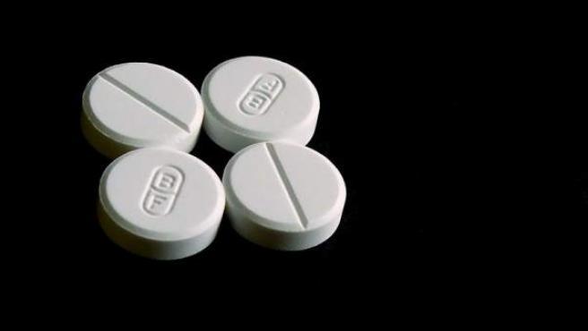 Varios comprimidos de paracetamol.