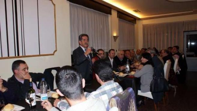 Revilla Con Alcaldes Y Representantes 102 Municipios