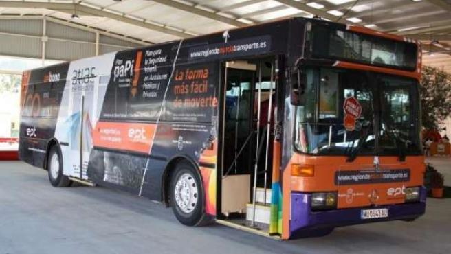 Aula Bus De La Entidad Pública Del Transporte (EPT)