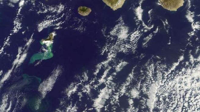 Islas Canarias Con El Volcán De El Hierro