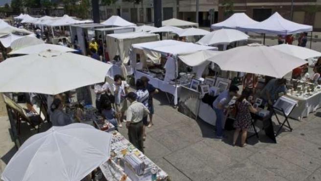 Puestos Del Mercado Artesanal Junto Al CAC Málaga