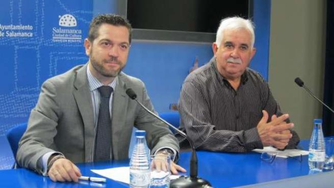Julio López (Izquierda) Y Víctor Moro (Derecha) Durante La Presentación