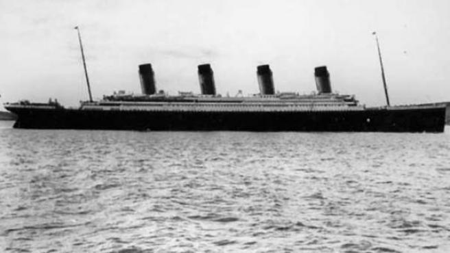 """Una imagen del Titanic """"real"""" navegando."""
