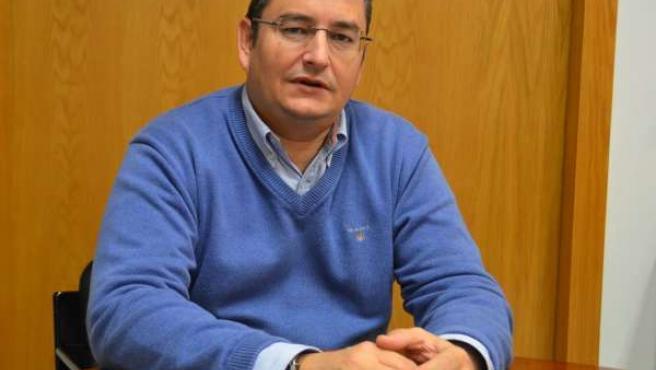 Antonio Sanz, Durante La Entrevista