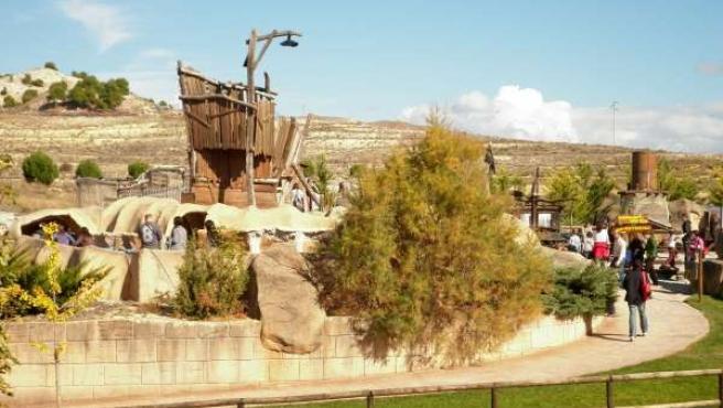 Parque De Dinópolis En Teruel