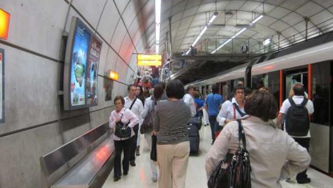 Usuarios De Metro Bilbao