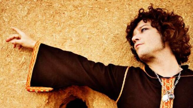 Enrique Bunbury, en una foto promocional de 2010.