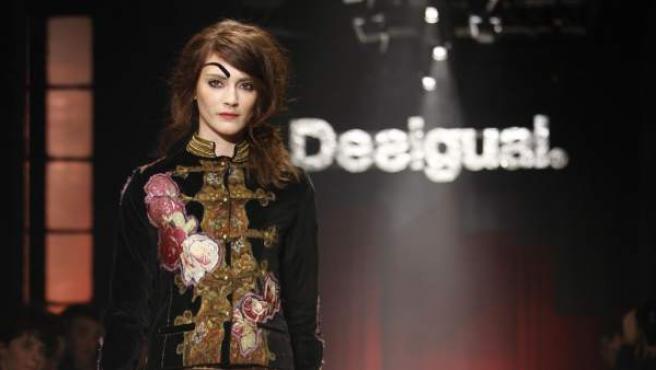 Un desfile de moda de la marca Desigual.