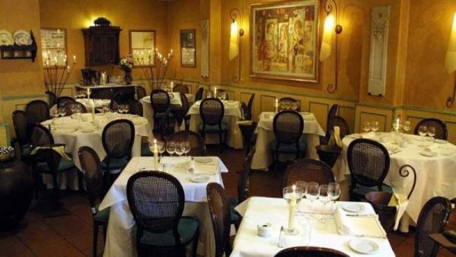 Imagen de archivo del salón de un restaurante.