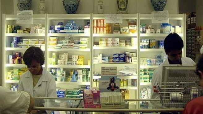 Interior de una farmacia.