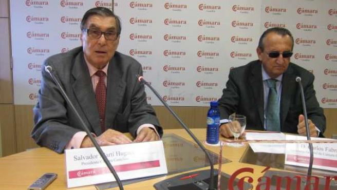 Fabra En La Rueda De Prensa Con El Presidente De La Cámara A La Izquierda