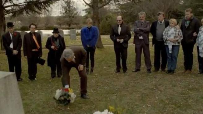Los humoristas españoles homenajean a Gila en el anuncio de Campofrío.