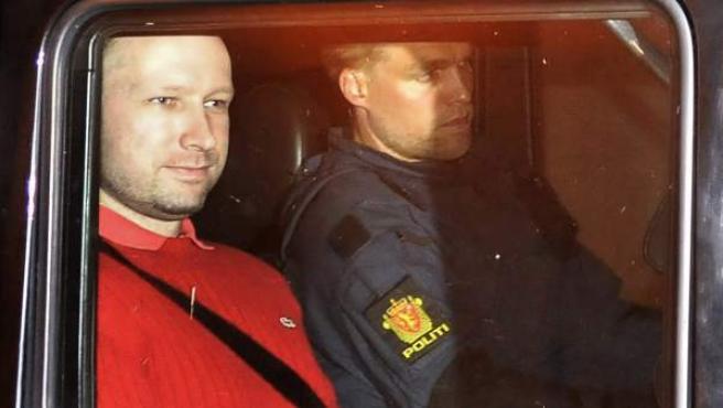 Anders Behring Breivik, autor de la matanza de Noruega, en una de sus visitas a los juzgados.