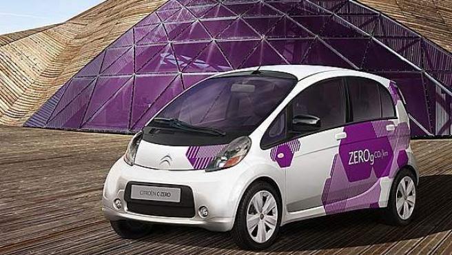 El Citroën C-Zero fue uno de los coches que más miradas atrajó durante el Salón del Automóvil Ecológico de Madrid 2010.
