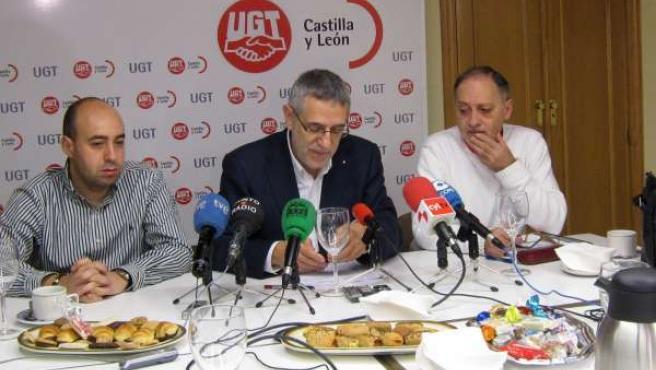 Prieto Durante Un Desayuno Con Los Medios De Comunicación