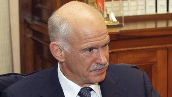 Yorgos Papandreu, exprimer ministro griego, y última 'víctima' política de la crisis económica.