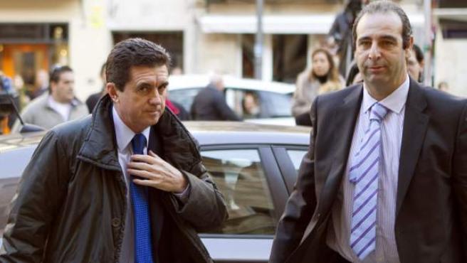 El ex ministro de Medio Ambiente y ex presidente del Gobierno Balear Jaume Matas, llega a la Audiencia Provincial de Palma de Mallorca.