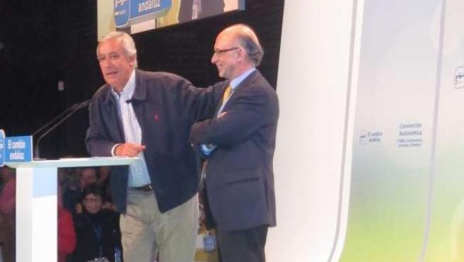 El Ministro Cristobal Montoro Y El Líder Del PP-A, Javier Arenas