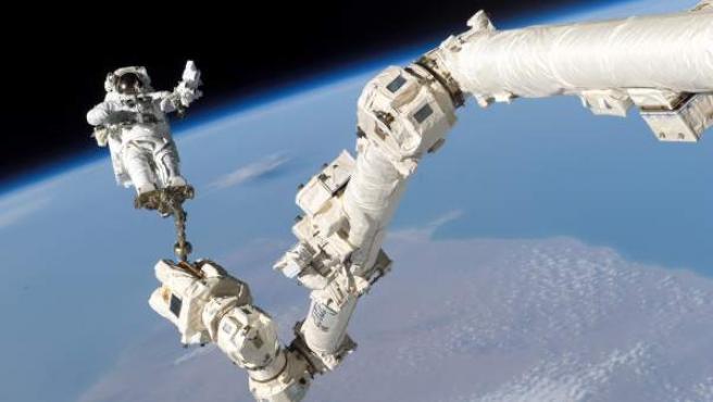 El astronauta S. K. Robinson.