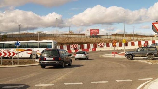 Las obras mantienen ocupadas varias calles de Navalcarnero y Móstoles.