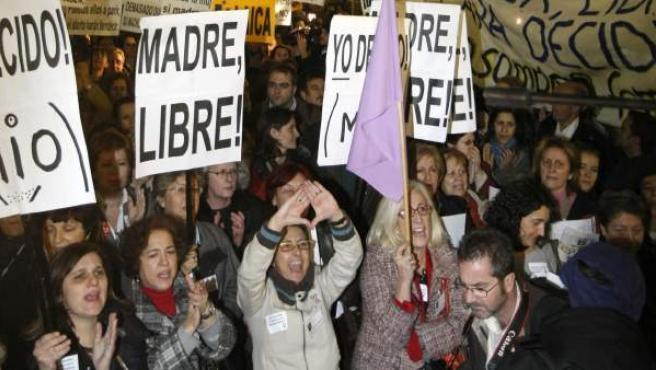 Imagen de archivo de una concentración en la que se reivindica el derecho a abortar.