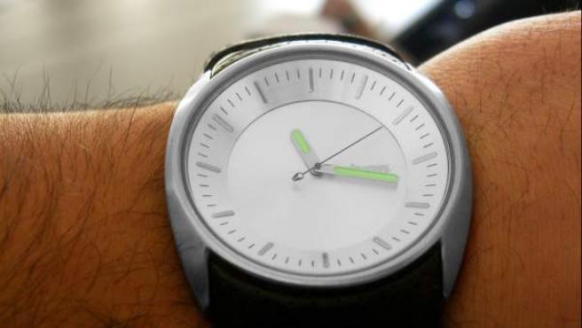 Los trabajadores a distancia valoran más sus condiciones pese a dedicar más horas a su empleo.