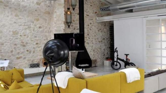 """Una de las estancias del apartamento alicantino que se """"muestra""""."""