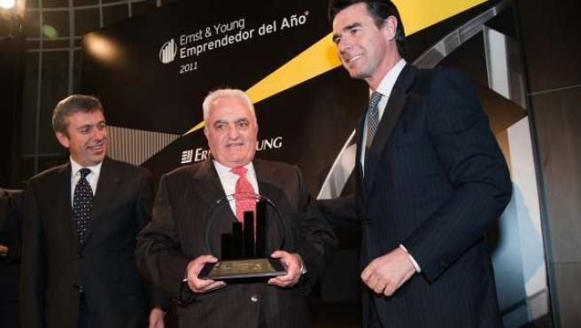 Manuel Contreras Recibe El Premio A Trayectoria Empresarial De Ernst And Young