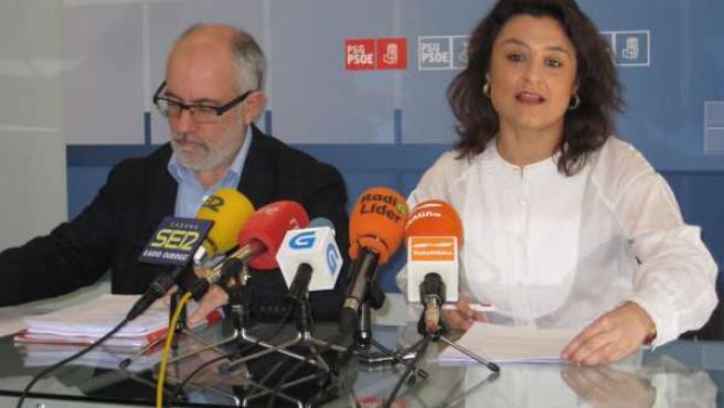 Fotografía Rolda De Prensa De Laura Seara E Miguel Fidalgo