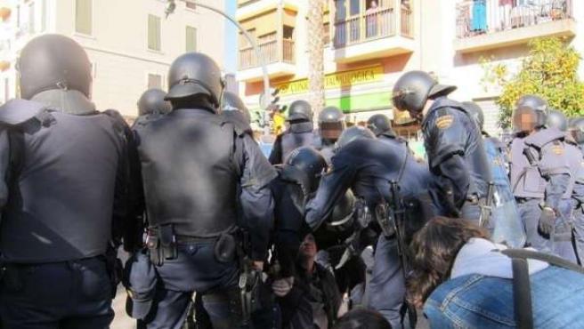 Actuación Policial Frente A Zapadores