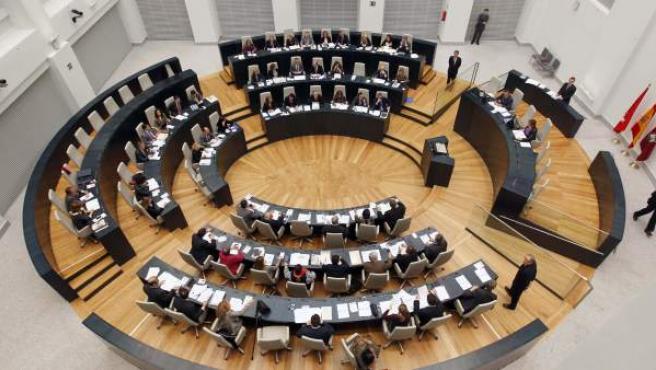 Imagen cenital del pleno del nuevo Ayuntamiento de Madrid, en el Palacio de las Telecomunicaciones.