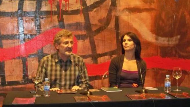 Lainz Y Bruni Durante La Presentación