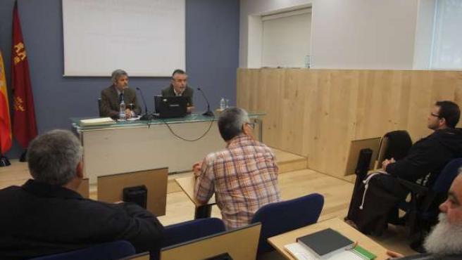 Imagen De La Comisión