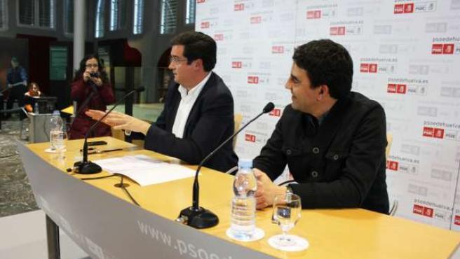 El Secretario De Organización Del PSOE, Óscar López, Junto A Mario Jiménez.