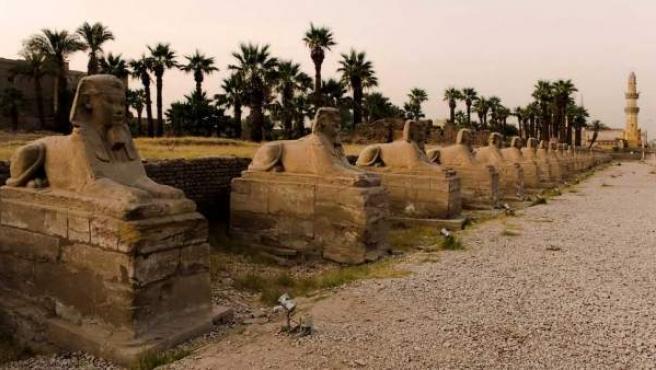Entre los templos de Karnak y Luxor se extiende esta avenida de dos kiómetros.