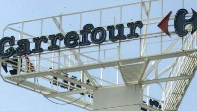 Logotipo de Carrefour.