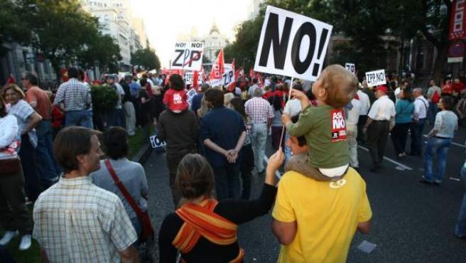 Imagen de la manifestación del 29 de septiembre de 2010 con motivo de la huelga general.