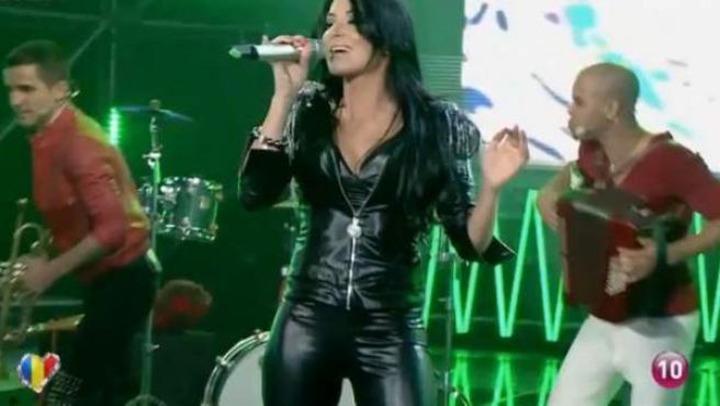 El grupo rumano Mandinga, que representará a Rumanía en Eurovisión 2012, con una canción en español.