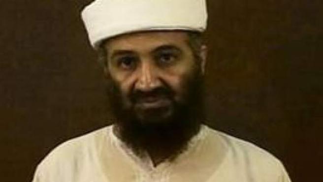Imágen del vídeo póstumo de Bin Laden en el que habla de las revoluciones árabes.